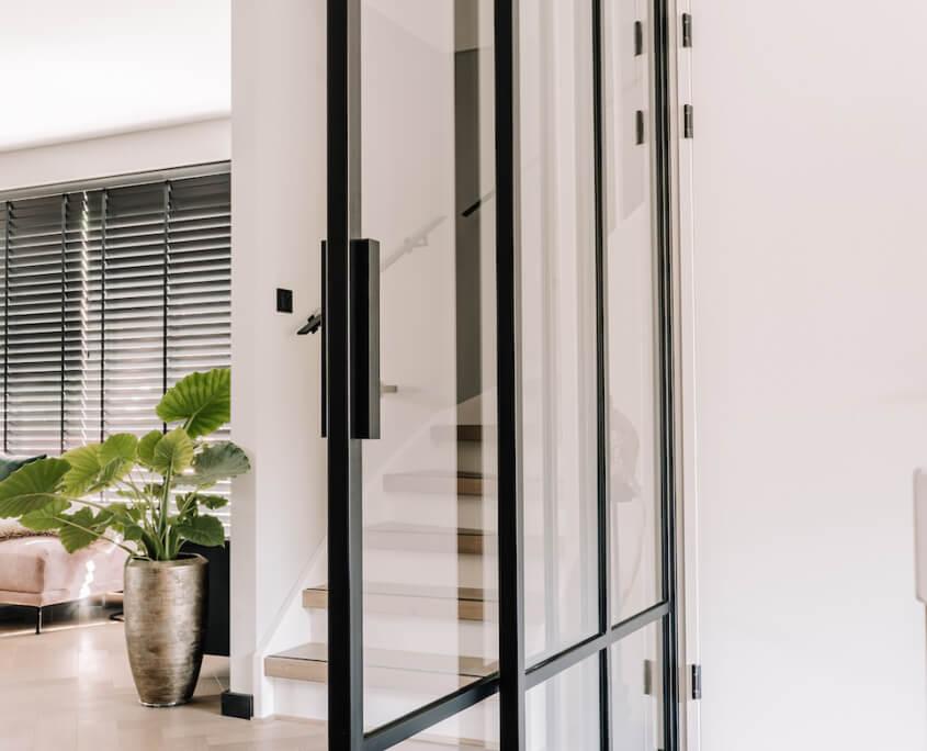 CLOOZ doors
